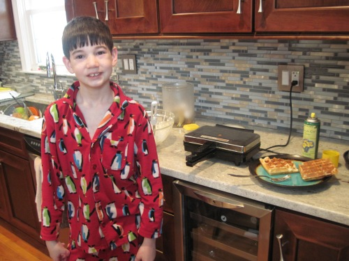 Zack made waffles by himself...and cleaned up (though he was forced to do the latter part)